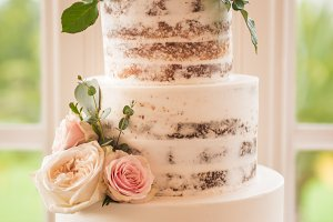Delicious Dirty Iced Wedding Cake