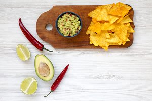 Bowl of guacamole and ingredients