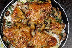 chicken in a creamy sauce