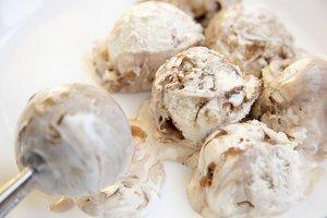 Caramel ice cream in white round