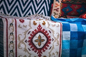 Authentic Colorful Indian Rugs Place