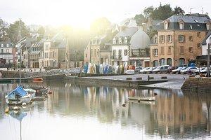 Auray town embankment