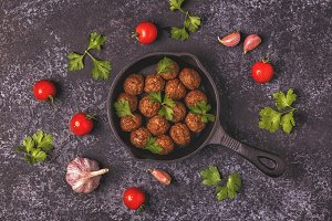 meatballs with tomatoes