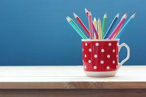 Color pencil.