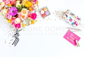 Styled Photo - Floral Desktop