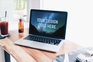 MacBook Mock-up #8