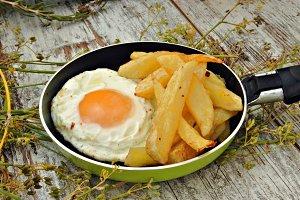 huevo con patatas
