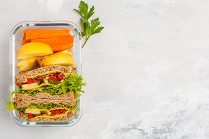 meal prep containers with sandwich