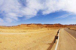 The bright sun in the stone desert,