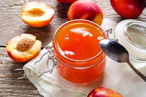 Jam from nectarines