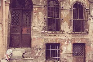 Old abandoned house in Istanbul