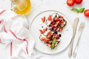 Healthy italian bruschettas
