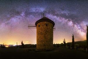 Milky Way over Molino de Ocon