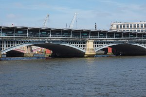 Blackfriars bridge in London