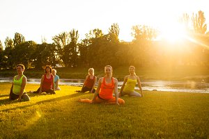 Women's outdoor yoga training