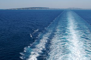Sea Wake Trail from A Cruise Ship