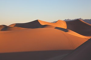 Shapes of sand dunes