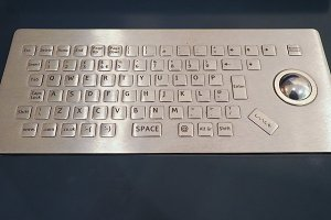 computer keyboard with trackball