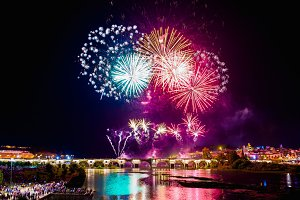 Fireworks over the river Guadiana  i