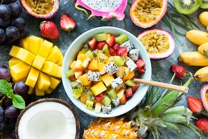 Tropical fruit salad with mango