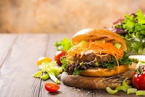 Delicious bagel burger