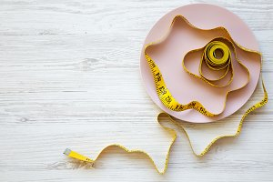 Pink plate with measuring