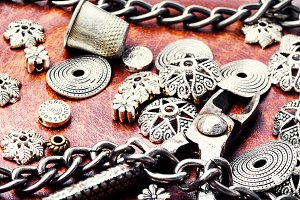 Bijouterie, bracelets, necklace