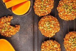 Vegan oatmeal pumpkin cookies