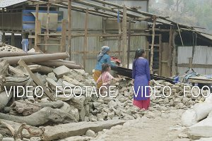 Building a house in the nepalese village on the Manaslu circuit trek.