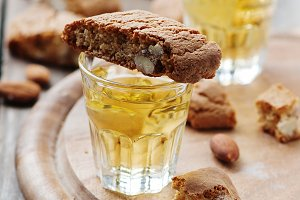 Italian cantuccini with wine