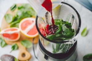 Process of making healthy smoothie