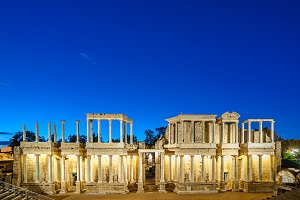 Roman theater of Merida, Night