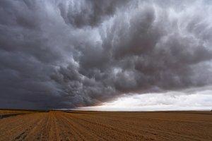Terrible storm cloud,