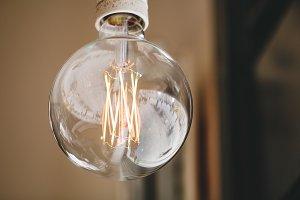 Hanging retro bulb