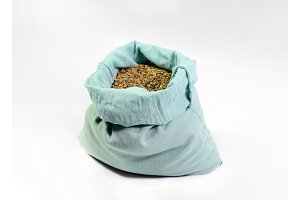 A bag of dill seeds.