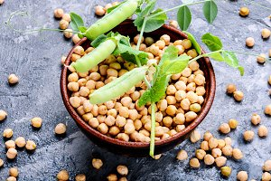Chickpeas, the basis of vegetarian c