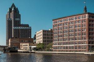 Milwaukee River v2
