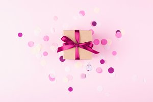Gift box with beautiful pink bow