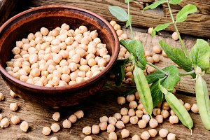 Chickpeas or turkish peas