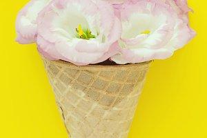 Floral Ice Cream Cone, Yellow