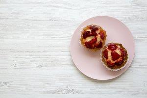 Strawberry vanilla cream cheese tart