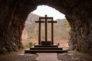 The three crosses in Covadonga,