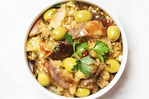 Stewed aubergines with vegetables an
