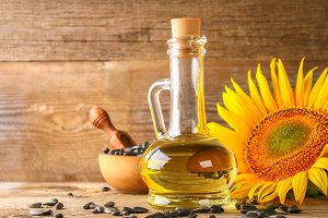 Sunflower oil and sunflower seeds in