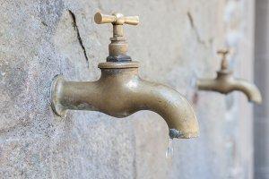 golden tap