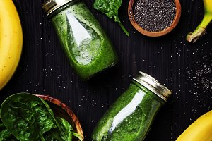 Green smoothies with spinach, banana