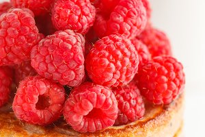 Vegan pancakes with raspberries