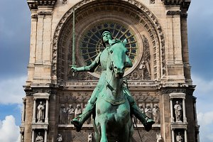 Jeanne d'Arc statue, Paris, France