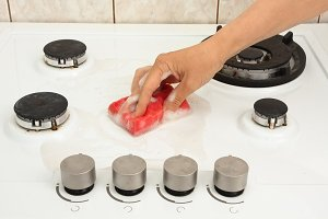 hand cleaning gas cooker