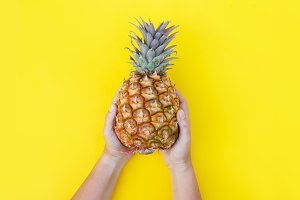 pineapple fruit, minimal style